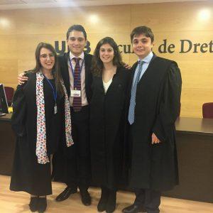 Equip finalista II Torneig de Debat Jurídic en Català